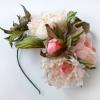 ободок ручной работы с пионами, цветы из шелка, цветы из ткани. шелковые цветы