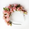 Ободок ручной работы из роз, цветы из ткани. цветы из шелка, цветы ручной работы