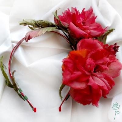 ободок с цветами ручной работы